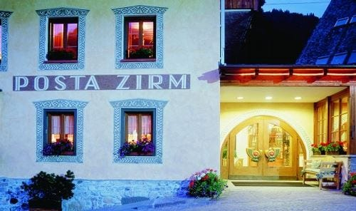 Ricaricarsi, sulle Dolomiti, in autunno al Posta Zirm Hotel di Corvara