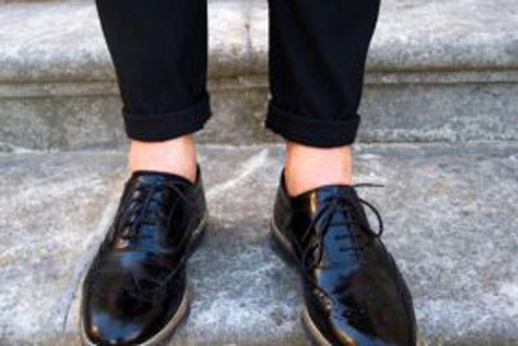 """Risvoltini, la moda della """"caviglia nuda"""" Nessun pericolo per la circolazione"""