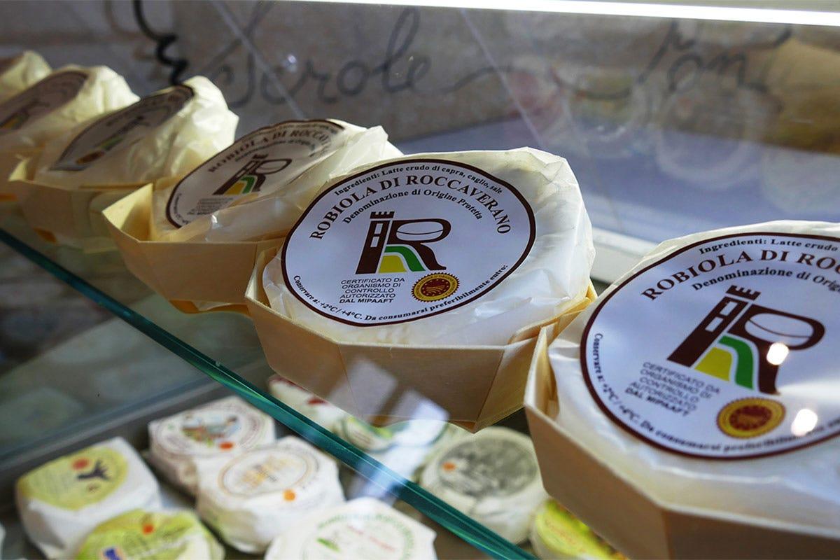 Robiola di Roccaverano Dop Robiola di Roccaverano Dop Il formaggio che traina un territorio