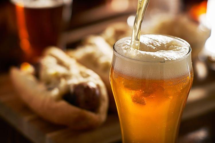 Una rossa dall'aroma maltato È la birra di Natale Menabrea