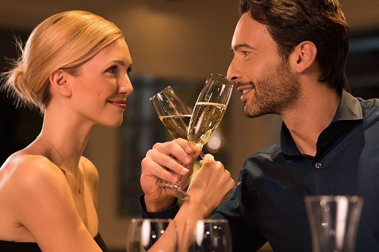 A San Valentino, cena romantica 5,3 milioni di innamorati nei ristoranti