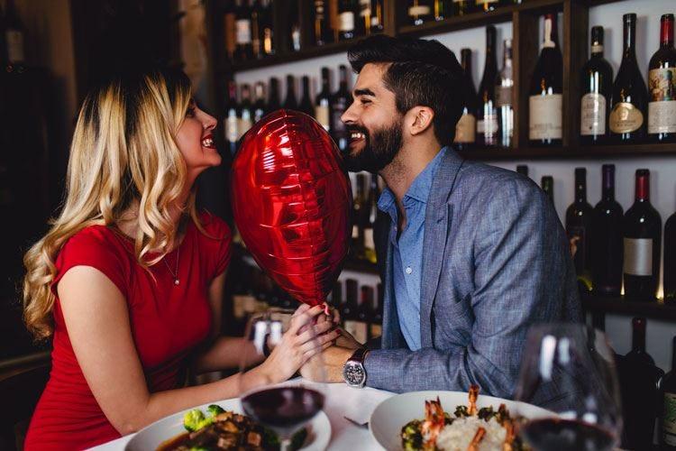 Non solo fiori e cioccolato S.Valentino, la cena vale 17 milioni
