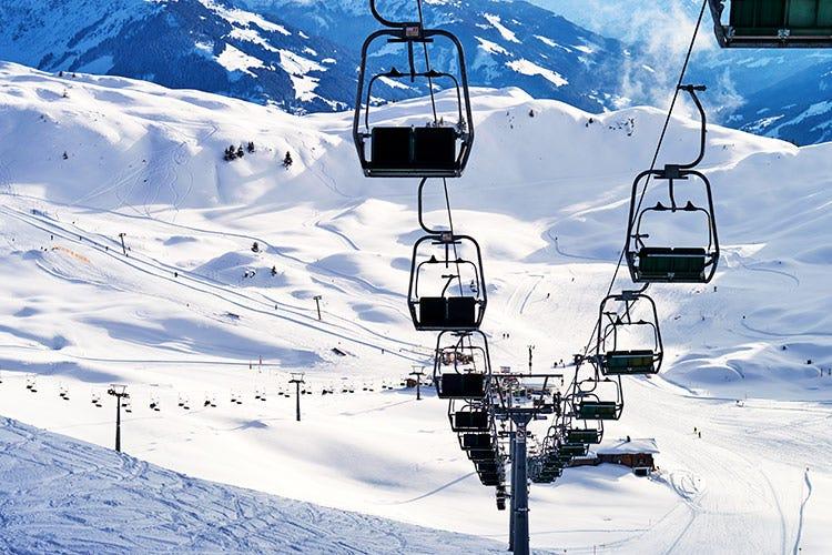I tecnici bocciano le Regioni Lo sci non riprenderà il 7 gennaio