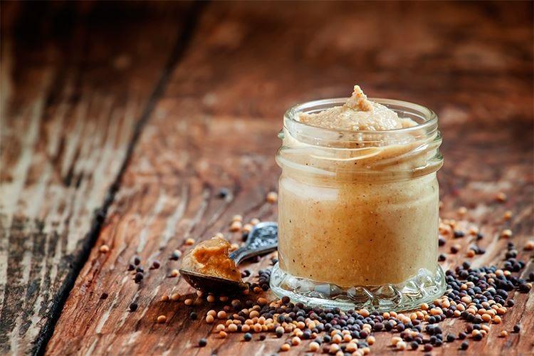 Senape, usata da secoli per conservare e condire il cibo
