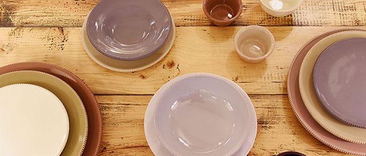 Le ceramiche artigianali di Enza Fasano Omaggio alla tradizione pugliese in tavola