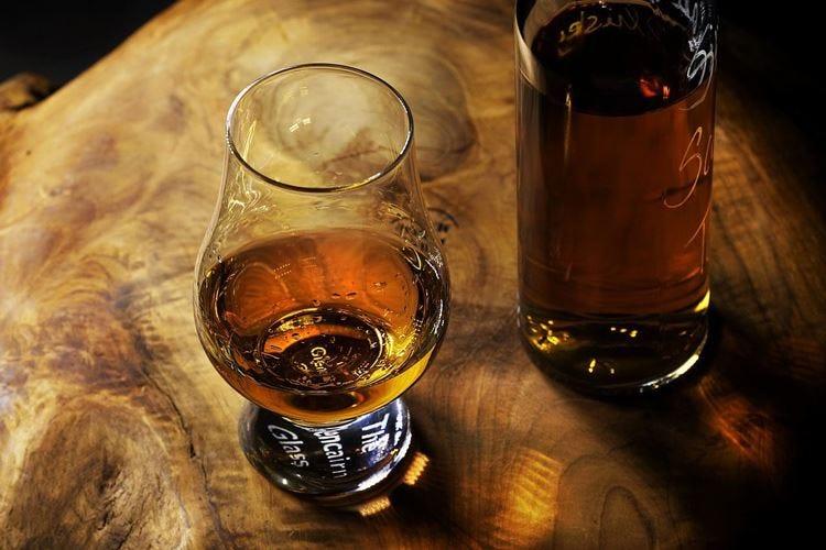 Rum Festival, a Mardones e Sacco il titolo
