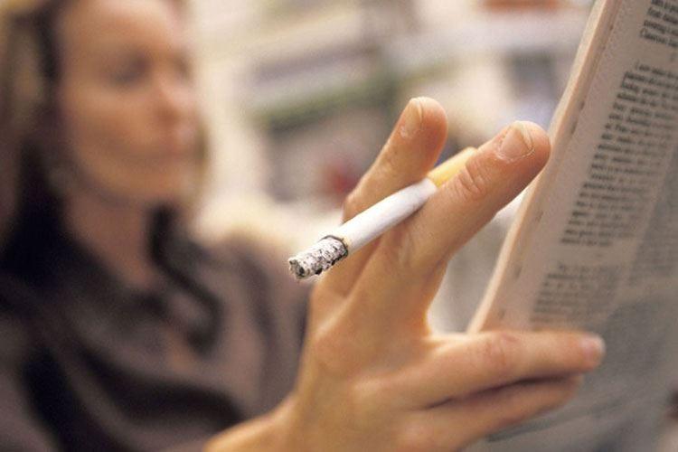 Fumare danneggia la salute Non si riducono i rischi con le light