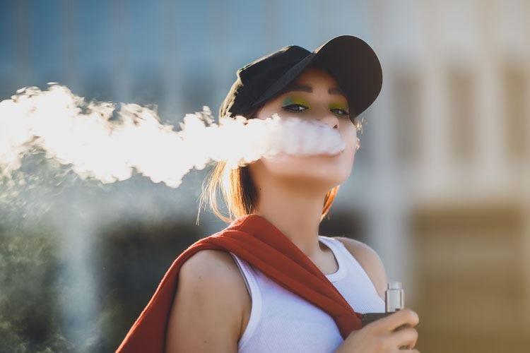 Le sigarette elettroniche sono nocive Cancerogene, irritano le vie respiratorie