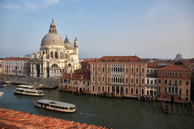 Venezia, al Sina Centurion Palace le feste della Mostra del Cinema