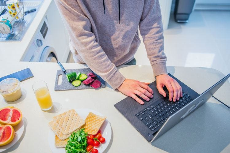 Il Governo proroga lo smart working È la morte annunciata dei ristoranti