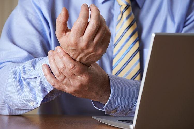 Sospetta frattura al polso? In pronto soccorso se il dolore persiste