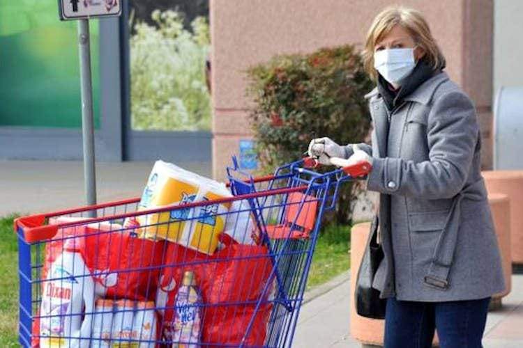 Cibo e igiene ai tempi del virus Attenti anche alle borse della spesa