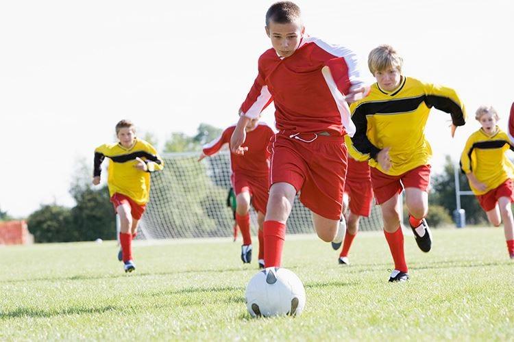 Lo sport aiuta a crescere bene Meglio sceglierne uno che piace