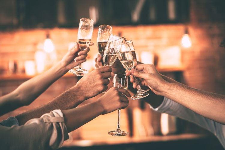 Spumante protagonista delle feste Pronte al botto 66 milioni di bottiglie