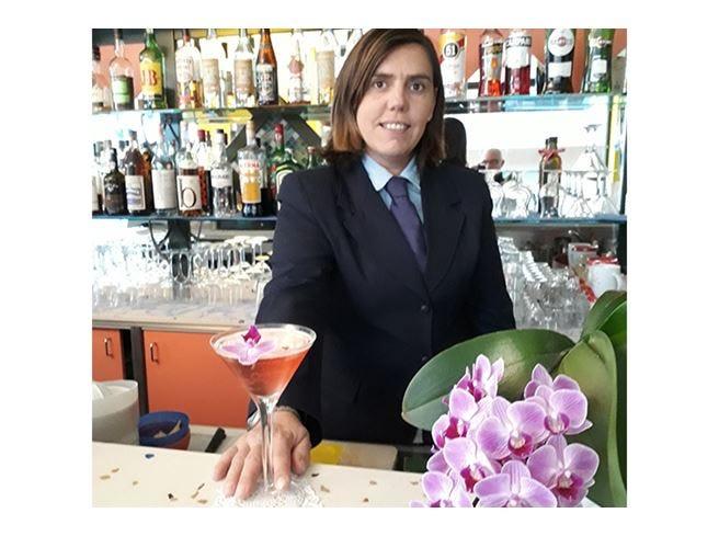 Stefania Simonetti, figlia d'arte «Per fare il barman ci vuole umiltà»