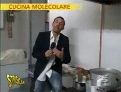 Striscia la notizia contro la cucina molecolare