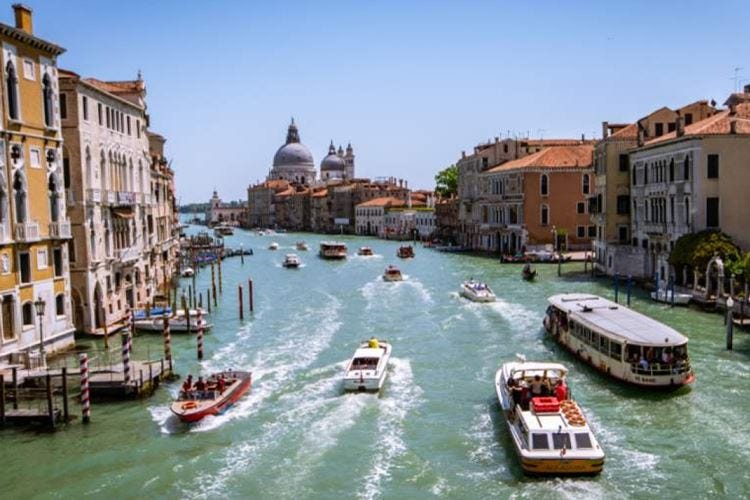 Targhe alterne a Venezia per ridurre l'inquinamento