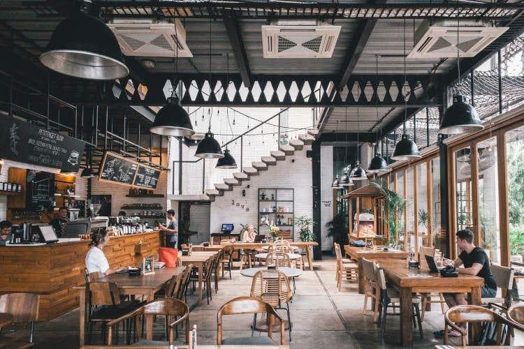 I ristoranti nel dopo-coronavirus Più spazio e igiene, meno contatti