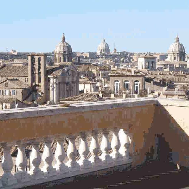 In Un Libro Le Più Belle Terrazze Di Roma Da Vedere E Da