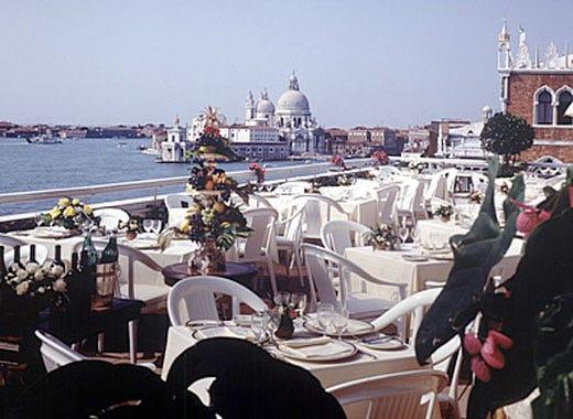 La Terrazza Dell Hotel Danieli Il Lusso Di Venezia In Tavola