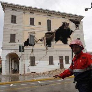 Cuochi colpiti dal terremoto Un aiuto per riaprire il ristorante