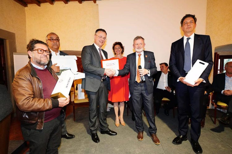 (IaT Award: premi a Centinaio, Torrini Dos Santos, Cotarella, Gilardi e Tessieri)