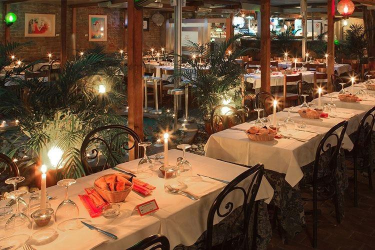 Alla Trattoria Toscana di Milano una serata dedicata ai social network