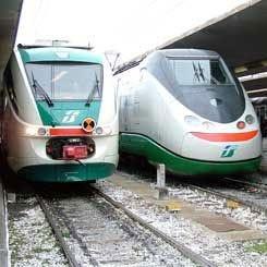 Trenitalia, l'Unc avvia un'indagine su pulizia e servizio ristorazione