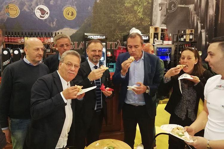 TuttoPizza, 4ª edizione a NapoliOltre 26mila visitatori, 118 aziende