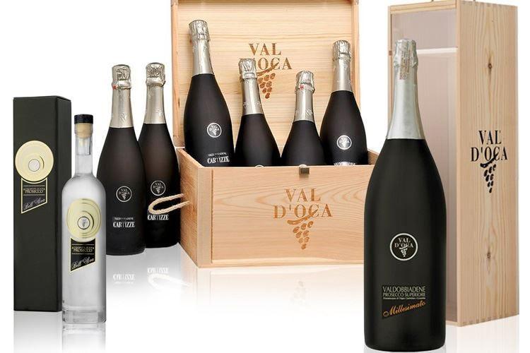 Val D'Oca pensa al Natale E i suoi vini si vestono di nero
