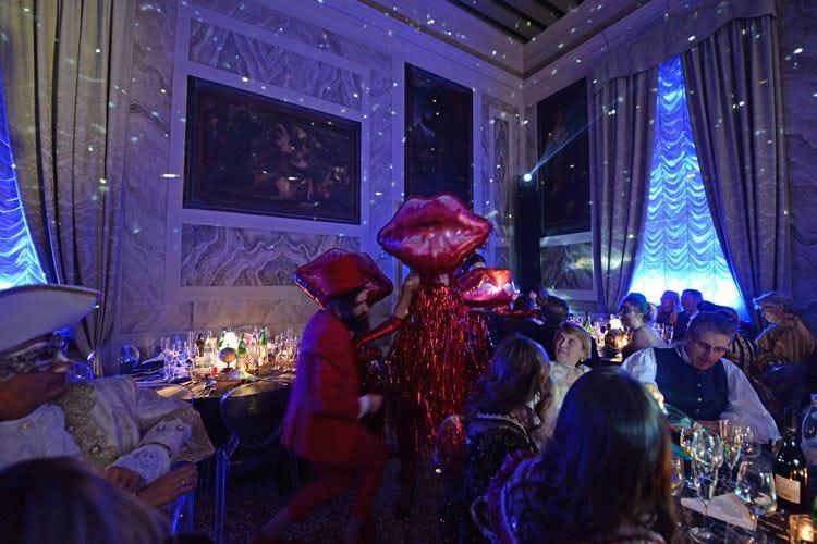 A Venezia è già tempo di Carnevale Sabato al Casinò la cena inaugurale