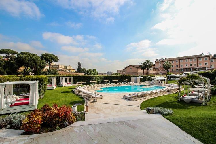 Un verde giardino al Gran Melià Roma per un viaggio nel gusto con Buonanno