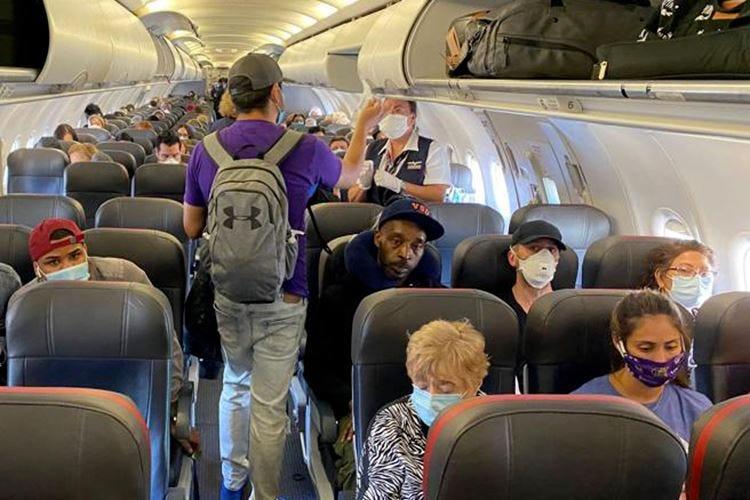 Il turismo torna a volareGli aerei possono viaggiare pieni