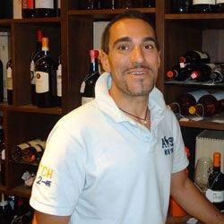 L'enoteca Sergio in Versilia predilige i vini biodinamici francesi