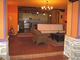 Villa Alessi: un po' vinoteca, un po' agriturismo storico