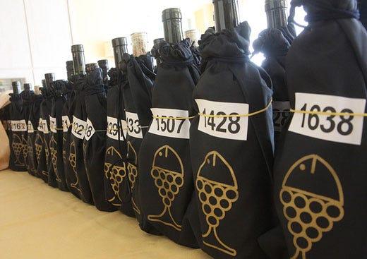I migliori vini da pesce al mondo Calice Dorico a Contri Spumanti