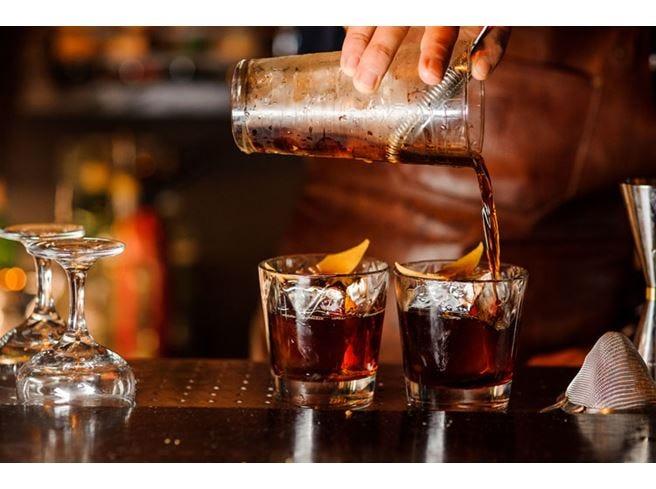 Il whisky piace alle donneE ora impazza anche nei cocktail