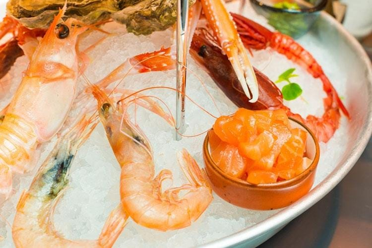 Banchina 63 il mare in tavola un fish bar in pieno stile italiano italia a tavola - Mare in tavola foggia ...