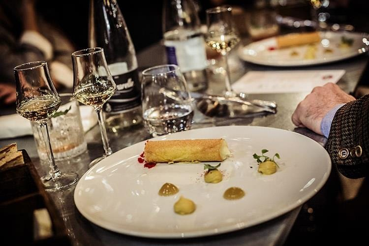 (Cinque whisky distribuiti Martini 